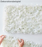 Wanddekoration mit weißen Kunstblumen - 63 x 45 cm